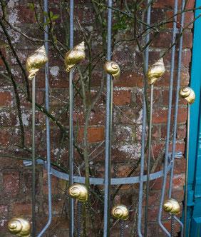 Gartenstecker, wetterfest vergoldet oder mit Palladium belegt