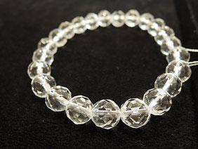 天然石ブレスレットの定番「水晶」
