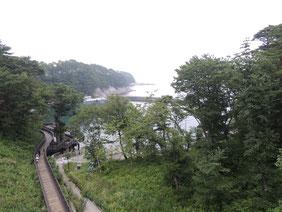 浄土ヶ浜ビジターセンターから見える湾の風景。