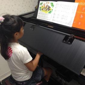 ピアノブラインドご使用例 大阪府にて