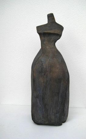 Das kleine Schwarze, Ton bemalt, 28 cm
