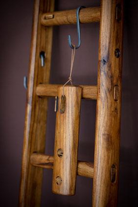 Scala a pioli con finitura vintage - vintage wood ladder - vintage echelle deco