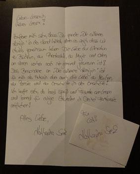 Brief und Aufkleber mit Widmung und Signatur von Katharina Seck