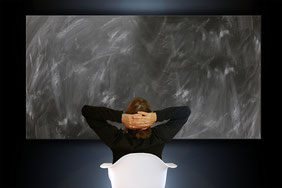 Teràpia vía skype, psicoteràpia online en castellà i català. La teva salut emocional amb atenció professional online, adults i adolescents. Assessorament a families. Consulta el teu cas!