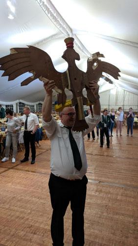 Michael Kämper mit seinem Adler