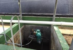 Covered lagoon digester - mixer - agitator - biogas - agitador biodigestor