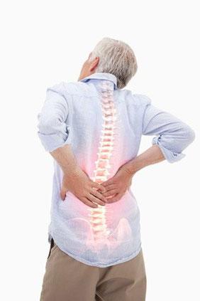 Bei Rückenschmerzen und Hexenschuss hilft unser Sitzkissen Bürostuhl FLOWMO Pad