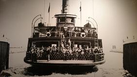 Fähre von Ellis Island zum Festland