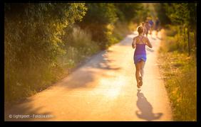 Jede Art von Bewegung fördert den Giftabransport über das Lymphsystem (© lightpoet - Fotolia.com)