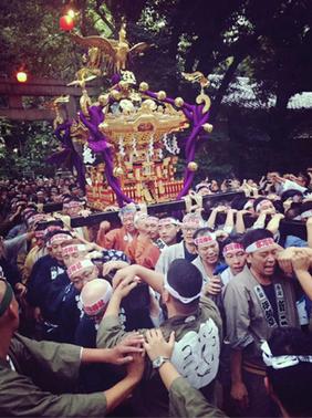 赤坂氷川神社ⓒ投稿:ヒロシさん