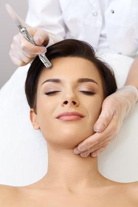 Kosmetik Eich, Mikrodermabrasion, Diamant Mikrodermabrasion, medizinische Gesichtsbehandlung, Anti Aging, Akne, schöne Haut