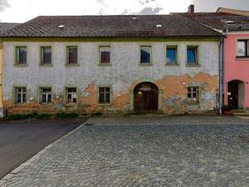 """KÜHNES SANIERUNGSPROJEKT – das so genannt """"Zintl-Haus"""" in Bärnau"""
