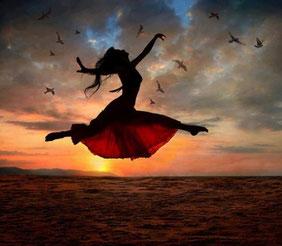 Danse libre intuitive, danse thérapie Eure 27, Seine Maritime 76 - Virginie Quintin - Palayana bien-être