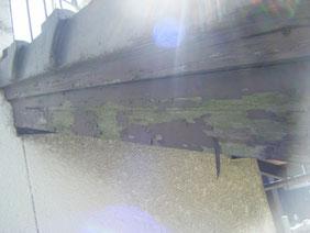 熊本市T様家の外壁木部塗装前。剥離状況。