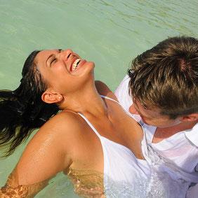 Ejercicio de liberación  para atraer el amor y ejercitar las  Afirmaciones Diarias poderosas  de amor