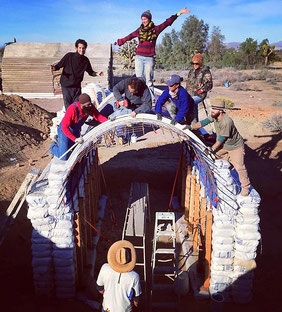 voûte en earthbag - construction Superadobe - Cal-Earth