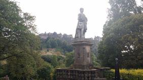 Statue von Allan Ramsay, Edinburgh