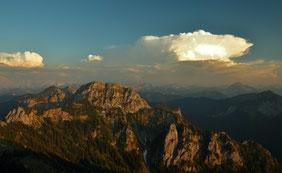Alpen , Bayern , Füssen , Berghütte , Landschaft , Sonnenuntergang , Panorama , Wolken , Licht , Himmel , Sky , Mountains , Alps , Germany