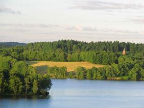 les plus belles balades et randonnées autour du lac de Vassivière