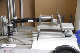 testing carbon bike frame fork