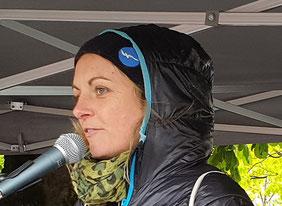 Pia Klemp, Kapitänin des Rettungsschiffes IUVENTA im Mittelmeer auf der Sonntagsdemo am 5. Mai 2019 in Bregenz  Bild:spagra