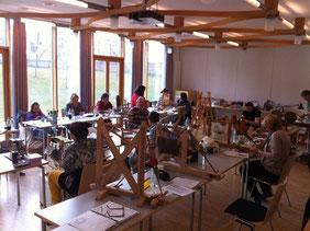 18 Teilnehmer fanden sich im Kloster Roggenburg ein zum Webertreffen, darunter Jutta und Silke