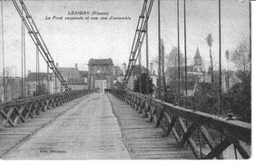 Lésigny-CP01-pont suspendu