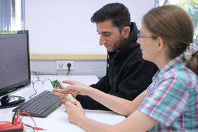 In the ECo-Harvester project, a computer-aided design methodology for the co-design of mechanics and electronics for electrodynamic vibration harvesters is being developed. Photo: IMMS.