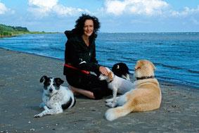 Maja Nowak mit ihren Hunden