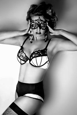 Stefanie E. Fotomodel & Nebendarstellerin