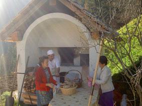 Das Backhaus mit den tüchtigen Bäckern