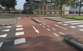 Tweerichtingfietspad bij de rotonde. Foto: Hans Huisman / Papendrecht.net