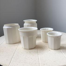 Pots de confiture porcelaine. Atelier de céramique Brigitte Morel. Paris et Apt