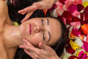 Gesichtsbehandlung vegan just relax in  Aichach