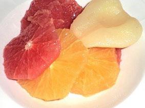 新鮮なフルーツ。グレープフルーツが大大大きな僕が一番楽しみにしていたのはこの南アフリカ産グレープフルーツです(笑)
