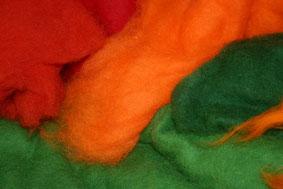 farbige Merinowolle für die Filzmuster