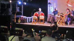 創作太鼓の「和願太鼓」演舞