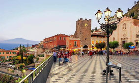Taormina and Castelmola Tour + Food and Wine