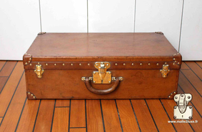 Valise Alzer vintage de 1923 Louis Vuitton