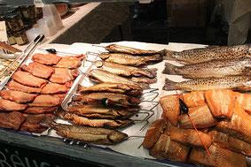 Räucherfische Geräucherte Fische Saiblinge Forellen Lachs Lachsforellenfilet