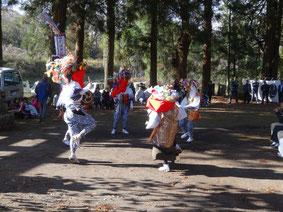 2012年11月畔宇治神社獅子舞奉納1