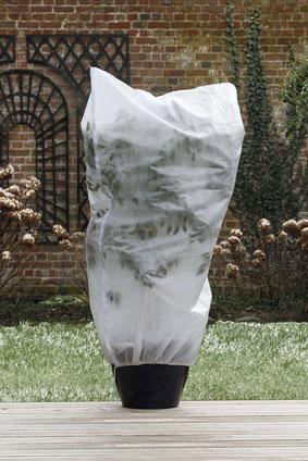 ©Nortene_HIVERSCRATCH, la housse d'hivernage avec zip