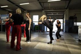 Partnerübung, Kickboxen in Wiener Neustadt, KICKBOXING4L&M