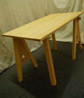 Table avec tréteaux