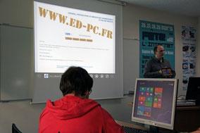 Présentation de Windows 8 au Mulot de la mairie de Maurepas.