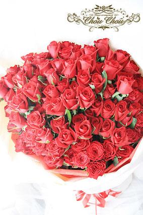プロポーズ ディズニーランドホテル 108本のバラ 花束 オーダーフラワー  シュシュ chouchou
