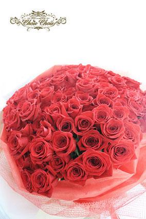 ディズニー プロポーズ ミラコスタ 108本のバラ 花束 配達 オーダーフラワー  シュシュ chouchou