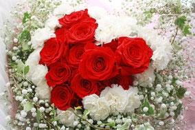 ハートの花束 プロポーズ 赤バラ ディズニー