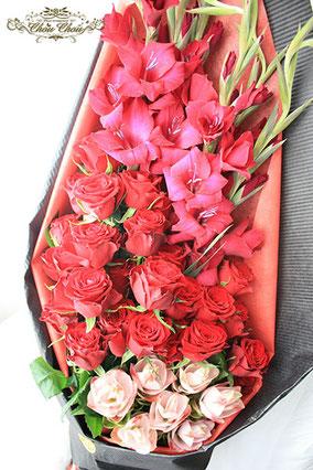 ディズニー プロポーズ 赤薔薇 花束 エレガント ミラコスタ 配達 オーダーフラワー  シュシュ chouchou