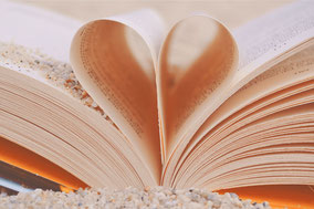 Foto eines aufgeschlagenen Buches